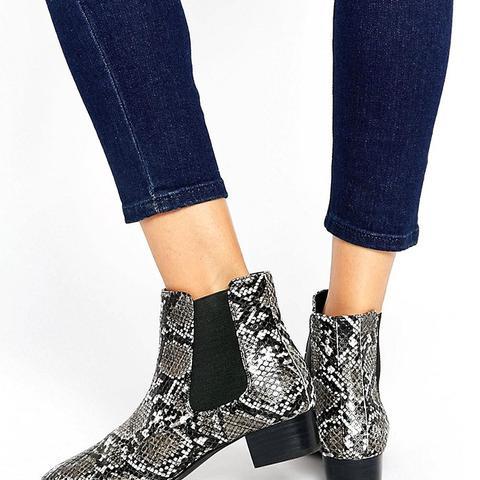 Amber Low Block Heel Chelsea Boots