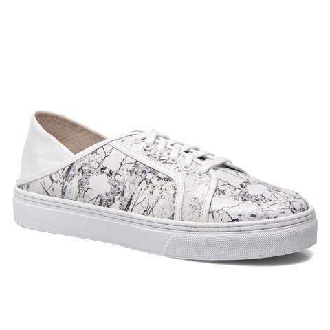 Avery V Sneaker