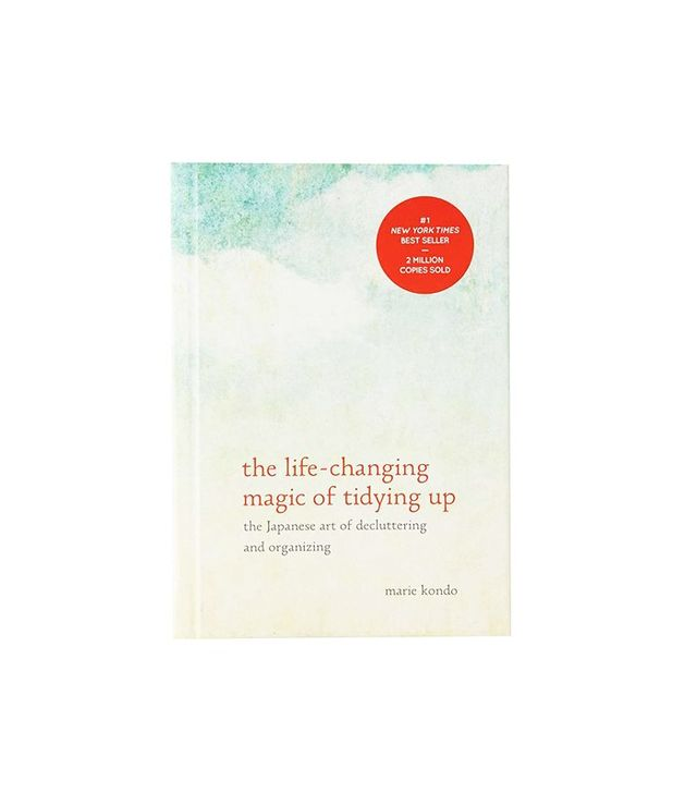 Marie Kondo The Life-Changing Magic of Tidying Up: The Japanese Art of Decluttering and Organizing