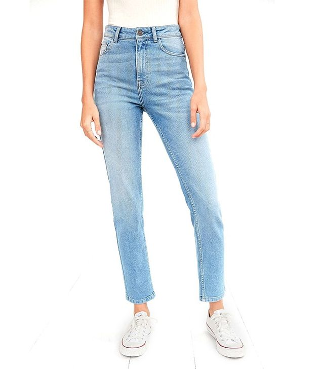 BDG Girlfriend High-Rise Jeans - Light Wash