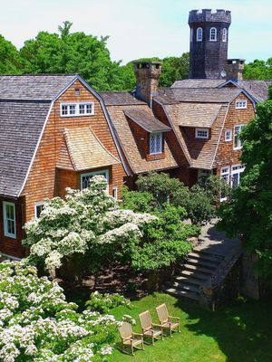 Inside a Supermodel's Picturesque Hamptons Home