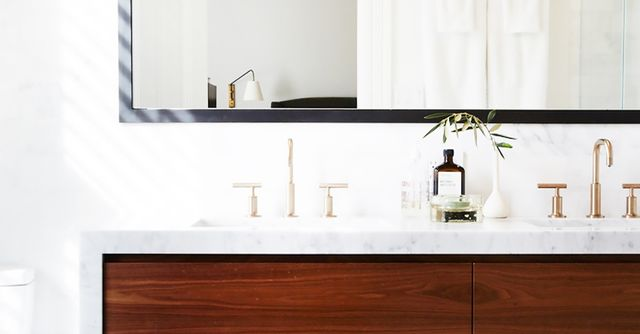 Simple Bathroom Designs: Micro Makeover: The Only Things You Need For A Bathroom