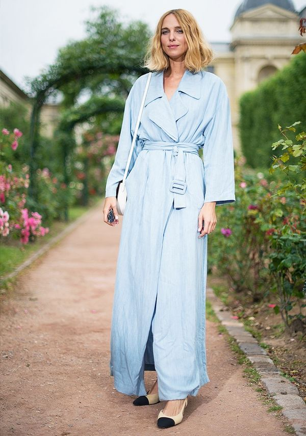 Style Notes: Flasher-macs aren't all bad, you know. This belted sky-blue number looks rather sophisticated on Candela Novembre when worn with Chanel sling-backs.