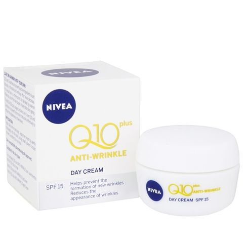 Daily Essentials Q10 Plus Anti-Wrinkle Day Cream SPF 15
