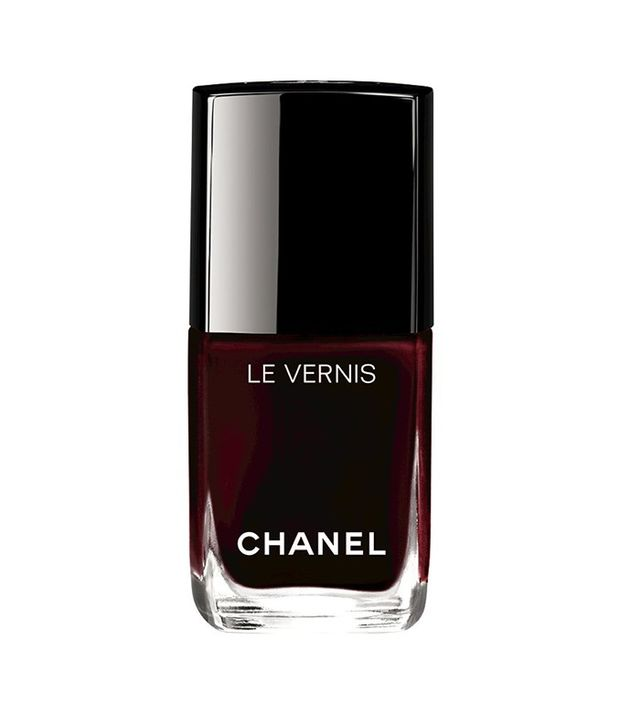 iconic 7 things you never knew about chanel s rouge noir. Black Bedroom Furniture Sets. Home Design Ideas