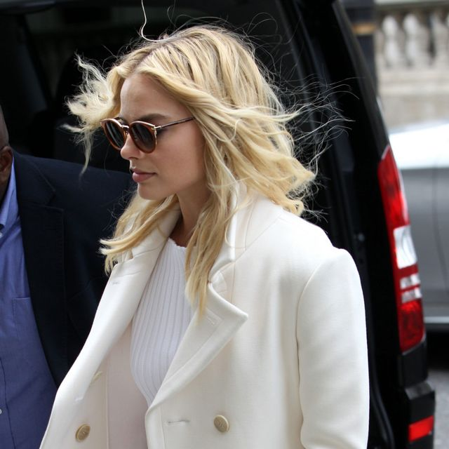 Margot Robbie Just Proved That White Is Perfect for Winter