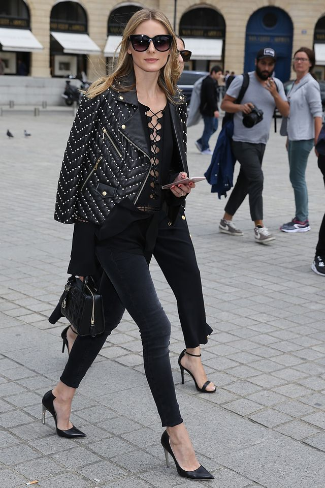 Stilldesperately trying to cling onto whatever weekend you've got left, you're heading to afternoon drinks. If you want to be comfortable but chic, Olivia's look for Alexis Mabille's haute...