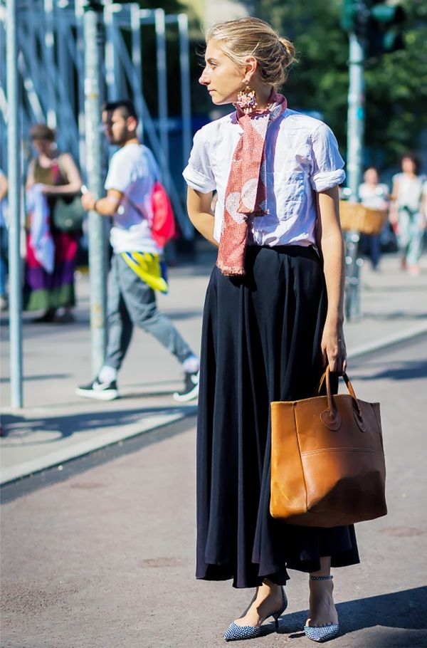 WHO: Jenny Walton Style Tip:Team a full skirt with a lived-in top and printed scarf.