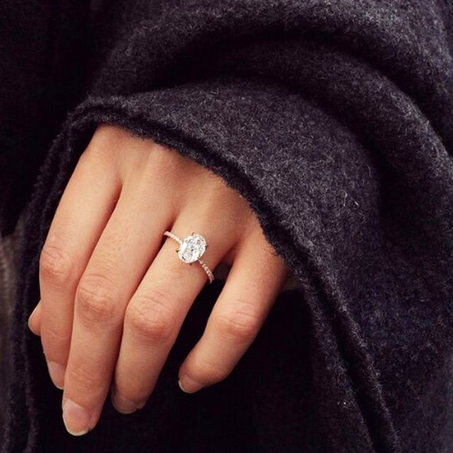 This Is What a Flawless-Colored Engagement Ring Looks Like