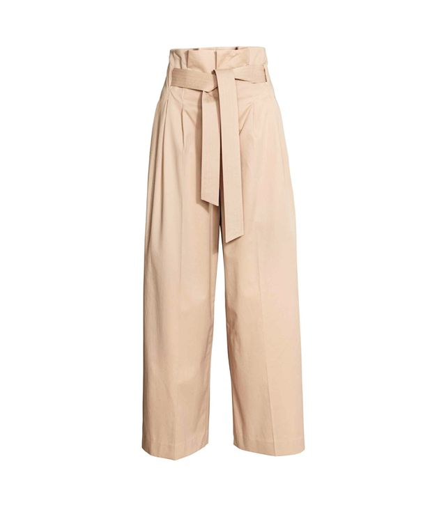 What Not To Wear When It's Boiling Hot: Wide Trousers With A Belt