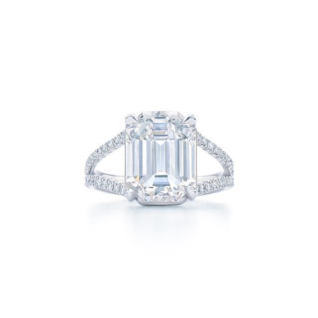 Emerald Cut Diamond Engagement Ring Emerald Cut Diamond Engagement Ring