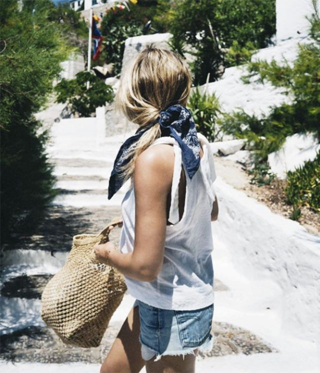 Holiday Dressing: Lucy Williams in Greece
