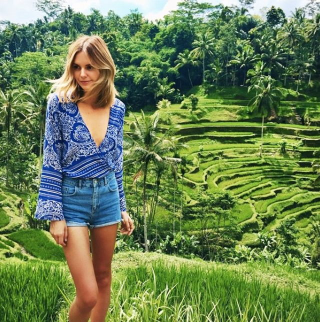 Holiday Dressing: Jessica Stein in Bali