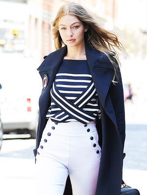 Does Gigi Hadid's First U.S. Vogue Cover Make Her a Supermodel?