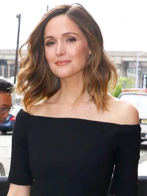 Rose Byrne's $30 Forever 21 Skirt Is Incredibly Stylish