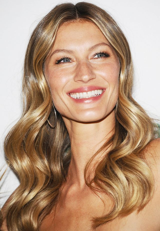 11 Times Gisele Bündchen's Incredible Hair Made Us Try ...