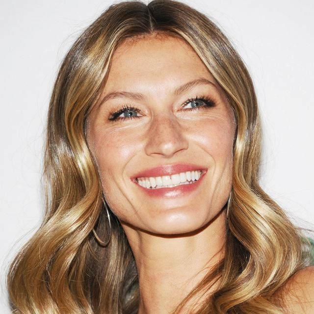 11 Times Gisele Bündchen's Incredible Hair Made Us Try Harder