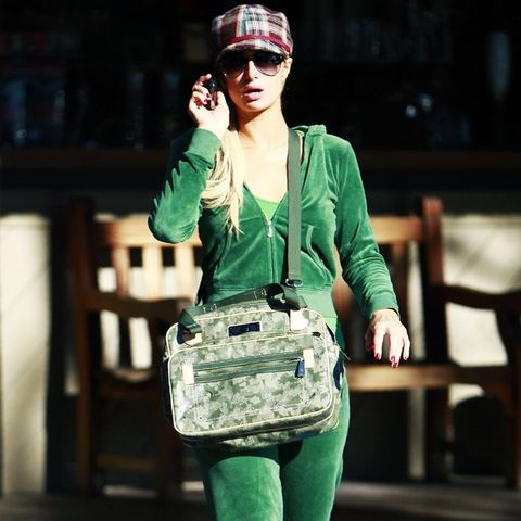 2000s fashion: Paris Hilton wearing a green Juicy tracksuit