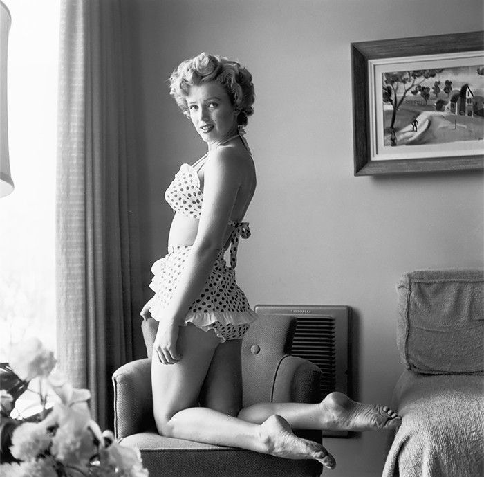 These Old Pictures Of Marilyn Monroe In Swimsuits Are Amazing Who What Wear