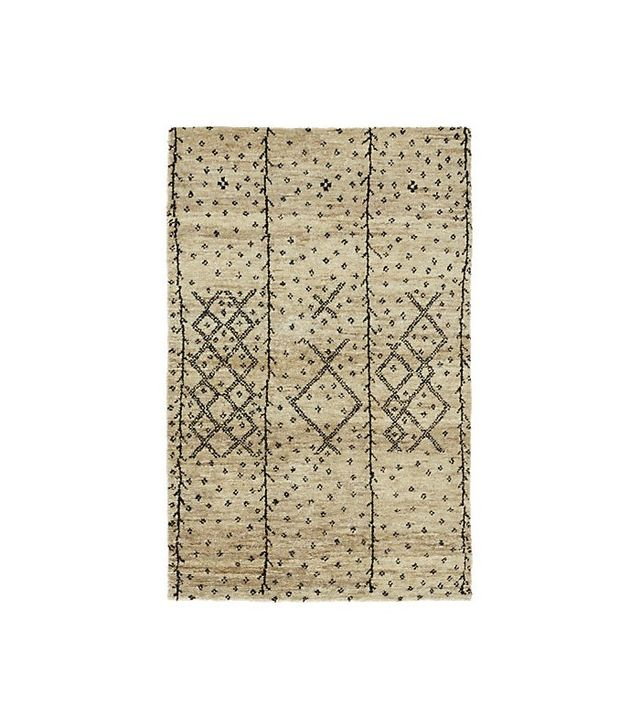 Urban Outfitters Berber Rug: The Unsolicited Bachelorette Mansion Makeover By Yours