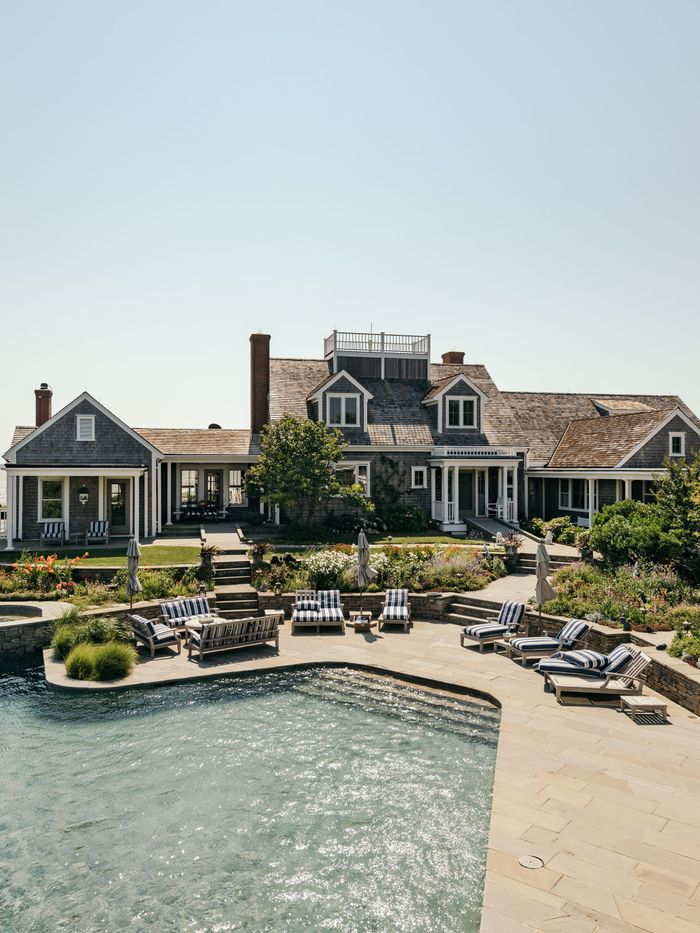 Inside Kourtney Kardashian S Dreamy 50 Million Nantucket