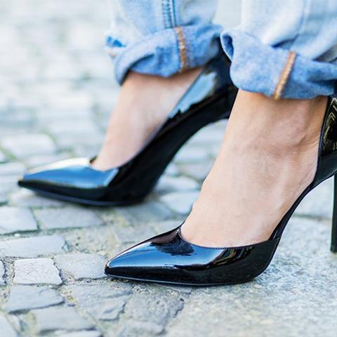 1980s fashion trends: stiletto shoes