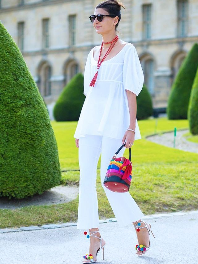 What to wear with white jeans: the warner weather look