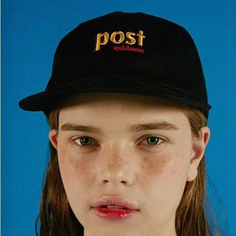 Post A Cap Black