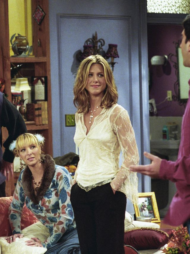While we all started wearing flared sleeves this year, Rachel Green wore them first.
