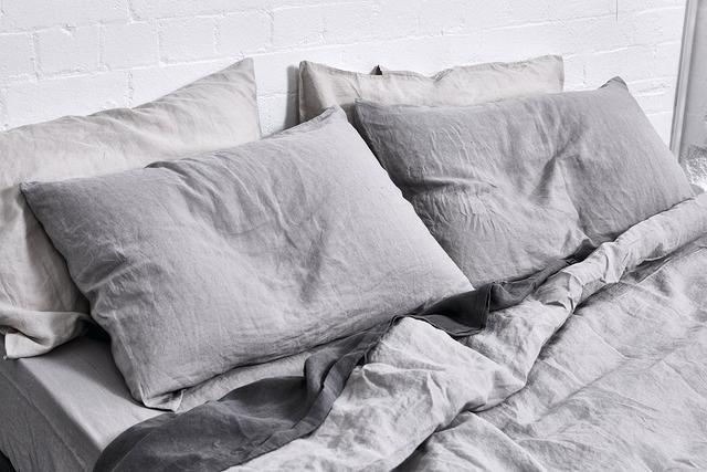 IN BED 100% Linen Duvet Cover in Cool Grey