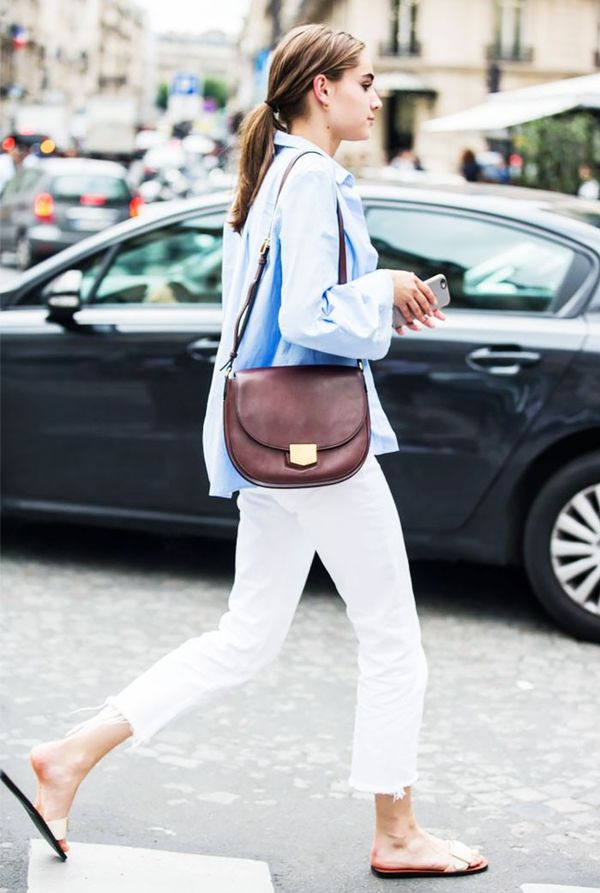 For a casual weekend look, white jeans will help you beat the heat.