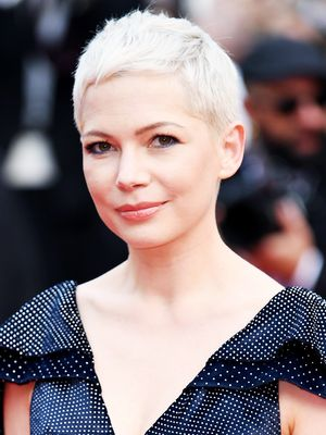 49 Short Hairstyles That Will Persuade You to Visit the Salon