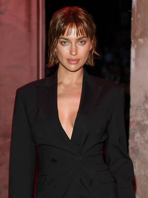 Irina Shayk Debuted a Dramatically Shorter Hairstyle and We're Into It
