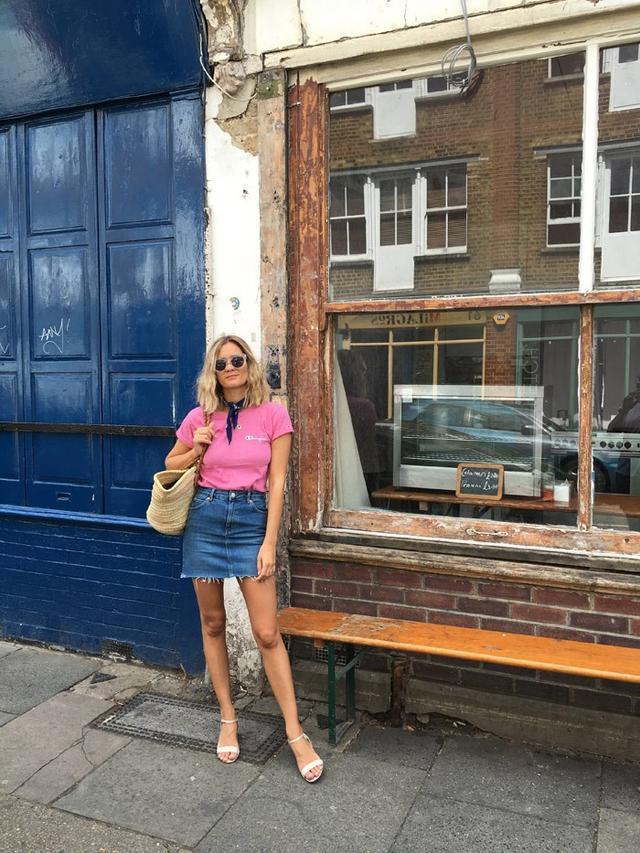On Anne-Laure Mais:Vintage Champion tee; Topshop skirt;MinelliSandals($100). Shop similar:Urban OutfittersBasic Medallion Bandana($8);J....