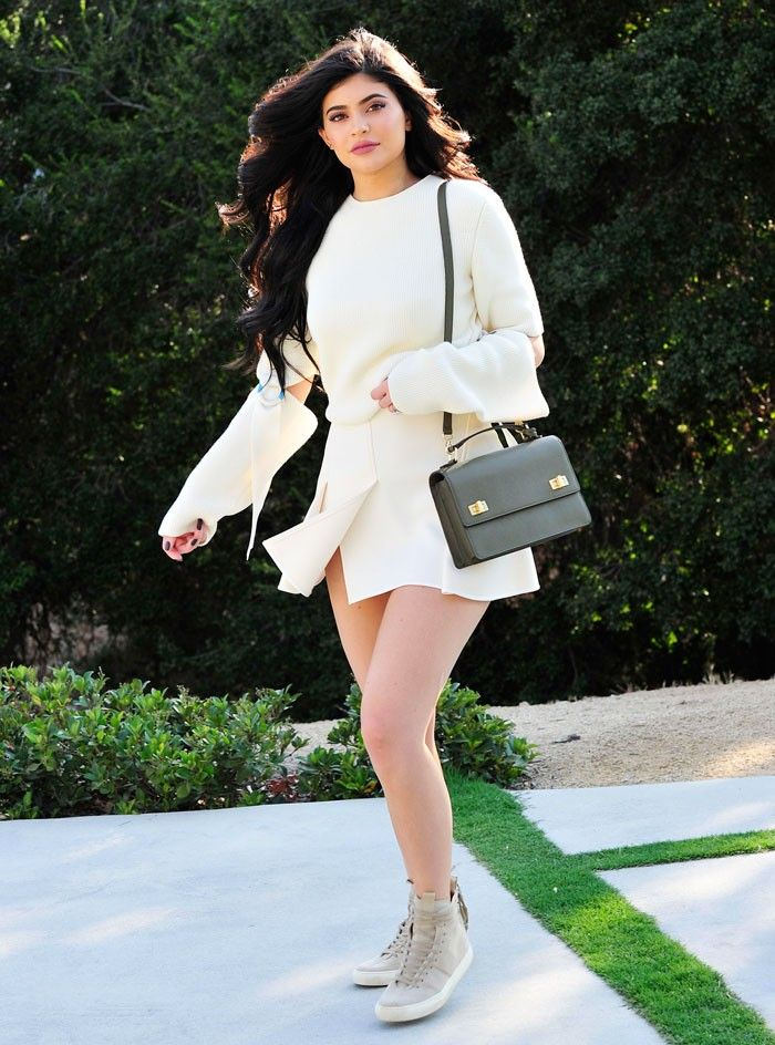 The Surprising Shoes Kylie Jenner Wore