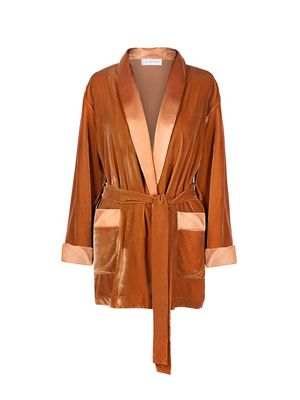Must-Have: The Most Versatile Robe
