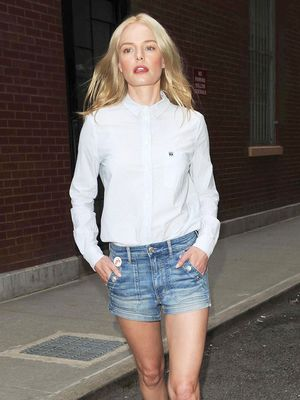 The Denim Shorts–and-Shoe Pairing That Will Never Fail