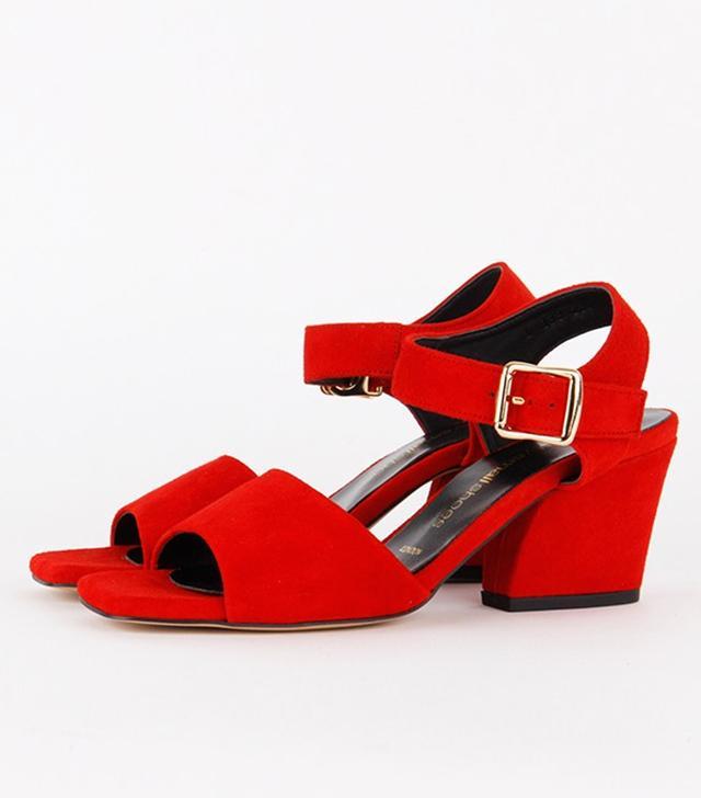 Pretty Small Shoes Elysia