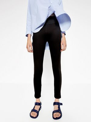 The Most Expensive-Looking Way to Wear Leggings Now