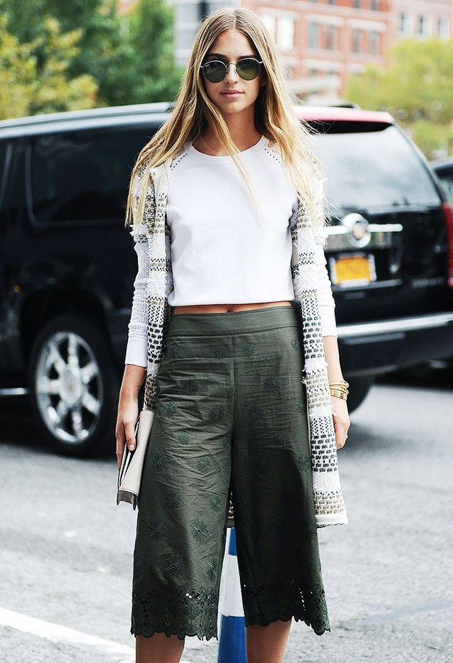 Pair culottes with a cropped sweater for the perfect transition outfit into fall.