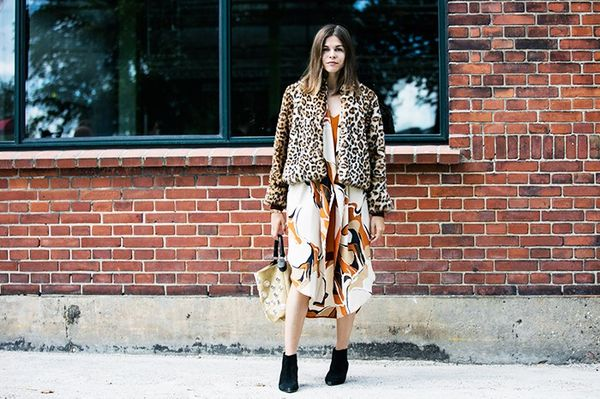 Style Notes:Into The Gloss founder Emily Weiss isn't afraid of a three-pronged print clash attack—with her Gannijacket and By Malene BirgerVinnie...