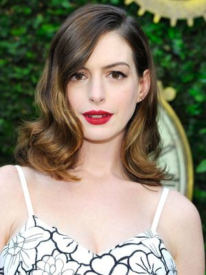 Anne Hathaway: It's Okay if You Don't Fit Into Last Year's Jeans
