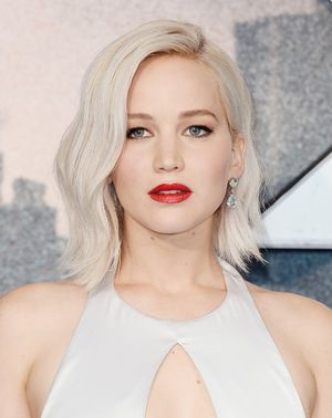 #NowPinning: Jennifer Lawrence's Best Platinum Hair Moments
