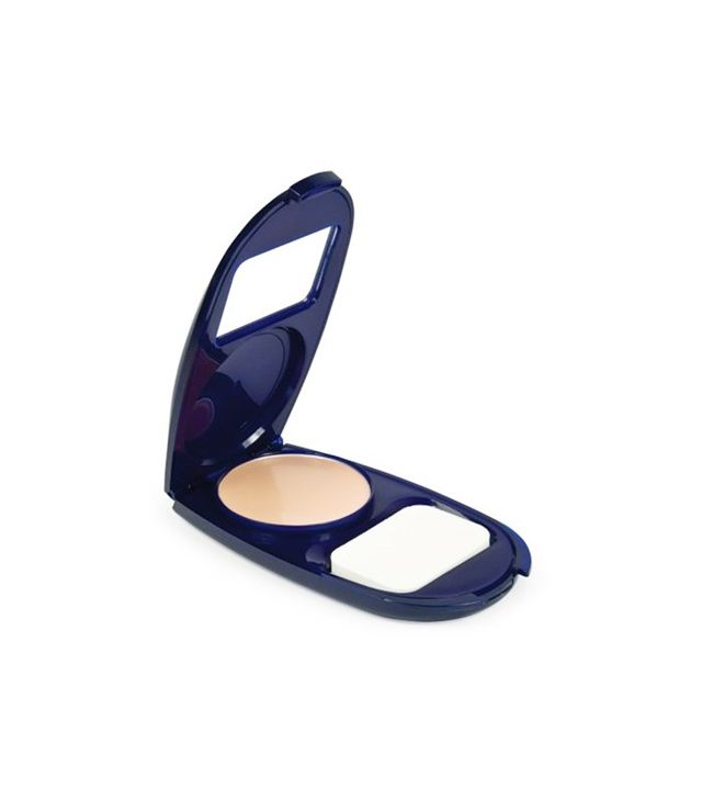 5. Covergirl CG Smoothers AquaSmooth Compact Foundation