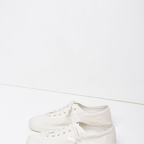 Nylite Canvas Sneaker
