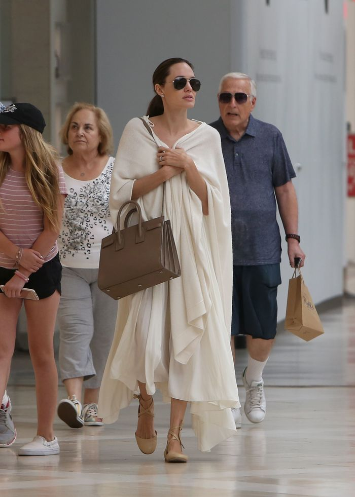 Angelina Jolie wearing Ginavito Rossi ballet flats