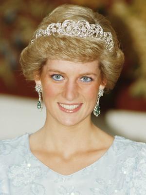 The Reason Princess Diana's Wedding Dress Designer Tore Up His Sketch