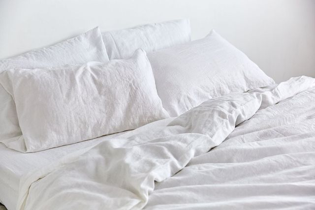 IN BED 100% Linen Duvet Cover in White