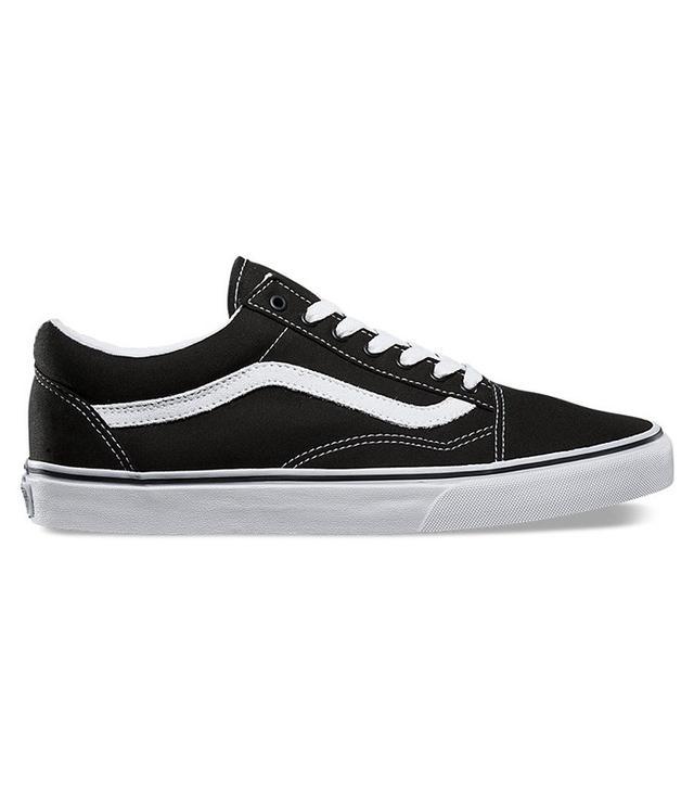 Vans Canvas Old Skool Sneakers in Black/True White