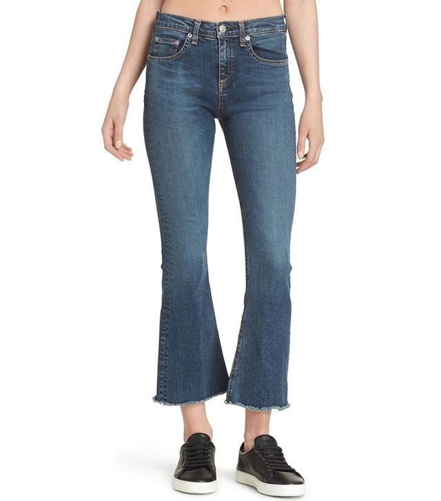 Rag & Bone/JEAN Crop Flare Jeans in Paz